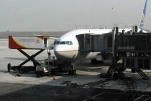 airplane_servicing_194634